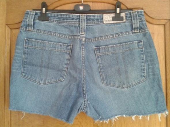 Jeansowe spodenki Tommy Hilfiger