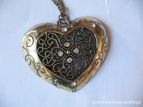 Nowy naszyjnik serce piękny