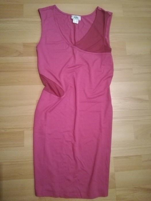 Różowa sukienka ze wstawkami 34 XS dopasowana