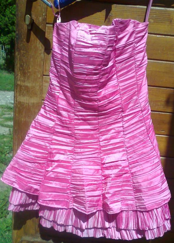 przepiekna sukienka gorsetowa beauty angel