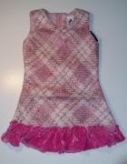 Elegancka różowa sukienka...