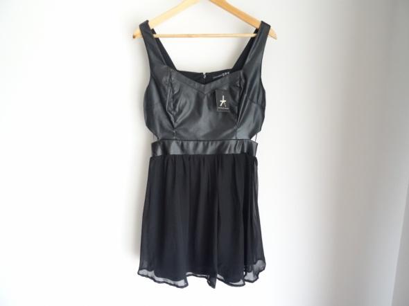 Czarna sukienka atmosphere