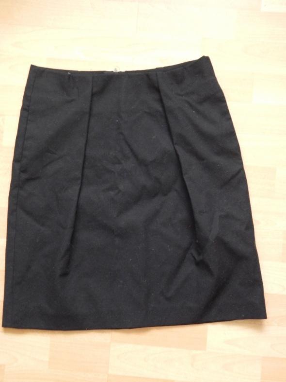 czarna ołówkowa spódnica Marc oPolo...
