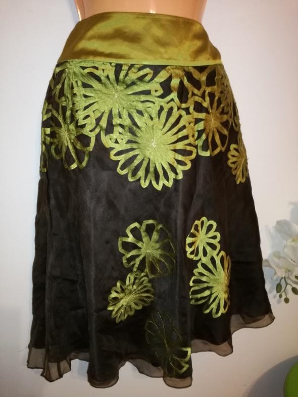 Zwiewna spódnica MONSOON rozmiar 44 naszyte kwiaty z tasiemek
