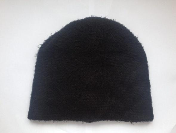 Czapka zimowa mohito akcesories S M futerko futrzasta używana czarna czarny