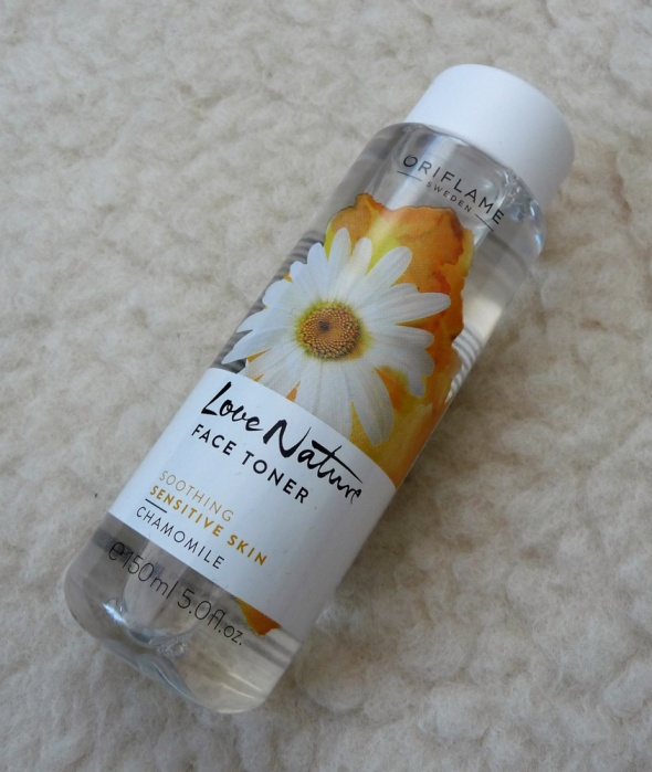 Tonik do twarzy z rumiankiem Love Nature 150ml...