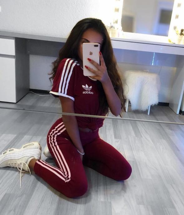 Bordowy adidas