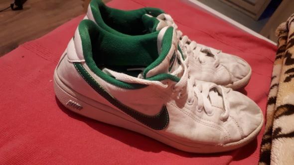 Nike białe...