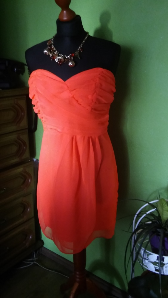 Pomarańczowa sukienka gorsetowa 38...