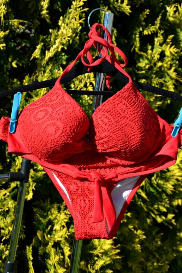 Czerwony strój kostium kąpielowy włoski bikini...