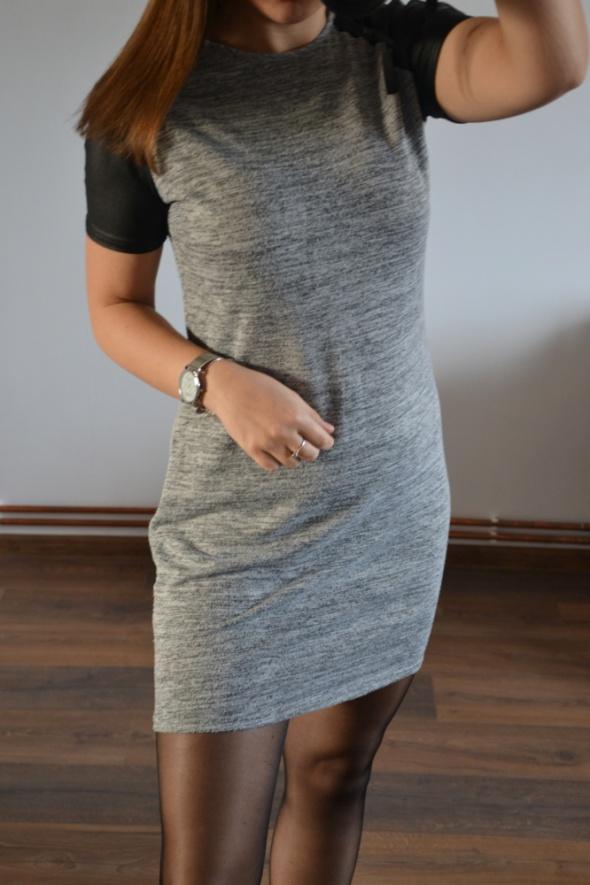 Szara sukieneczka 40 L wstawki