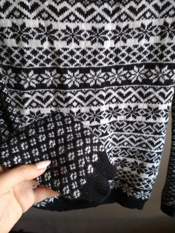 Sweterek zimowy norweskie wzory XS NEXT guziczki ciepły...