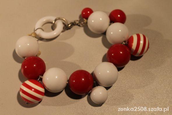 Biało czerwona bransoletka