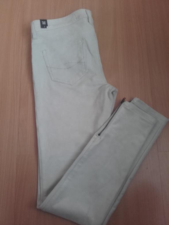 spodnie zamszowe z suwakami S 26 Abercrombie&Fitch...