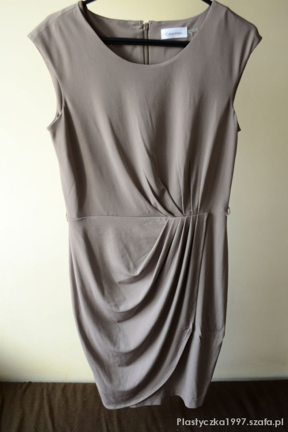Calvin Klein oliwkowa sukienka