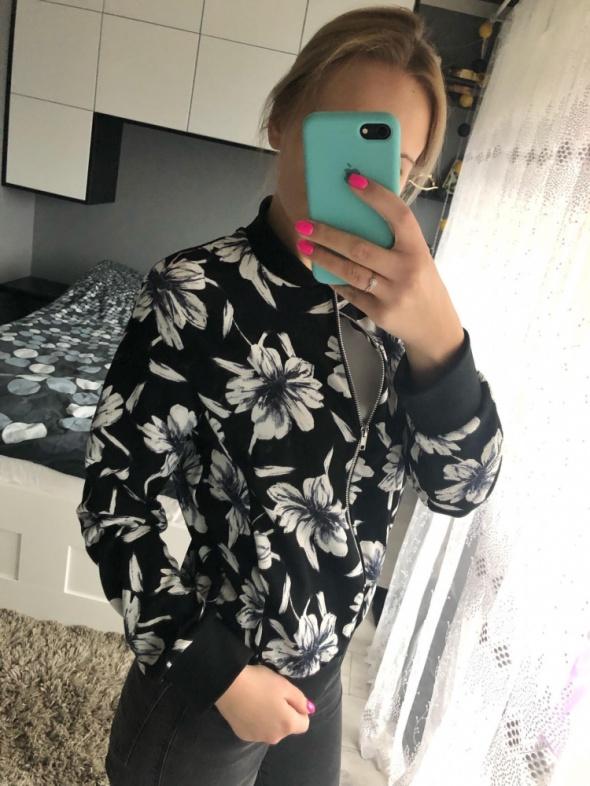 czarno biała bluza kwiaty S new look