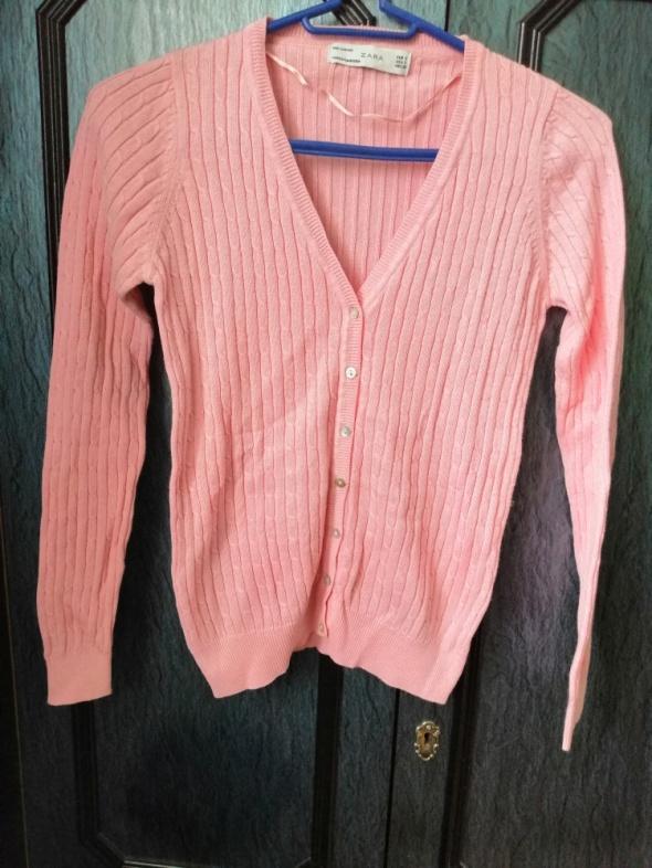 Różowy sweterek zara...