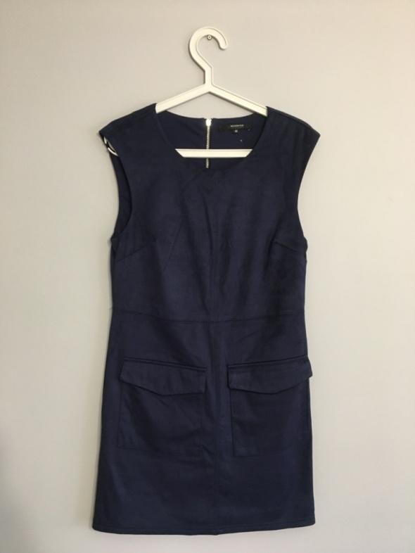 Zamszowa garantowa sukienka...