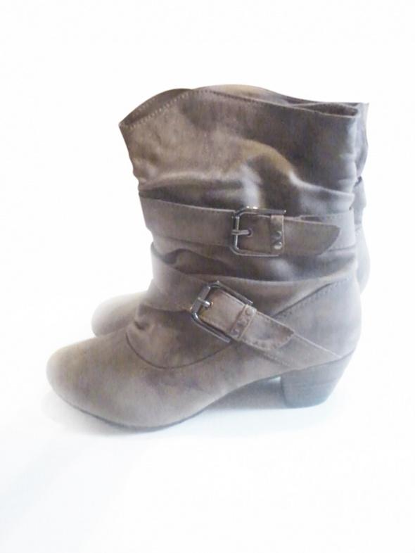 NOWE botki 40 41 wkładka 26cm buty kozaki jasnobrązowe