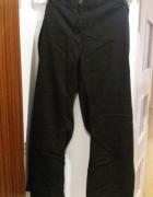 Czarne spodnie jeansy 50 52 54 56 24 26...