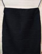 Czarna spódniczka elastyczna na gumce...