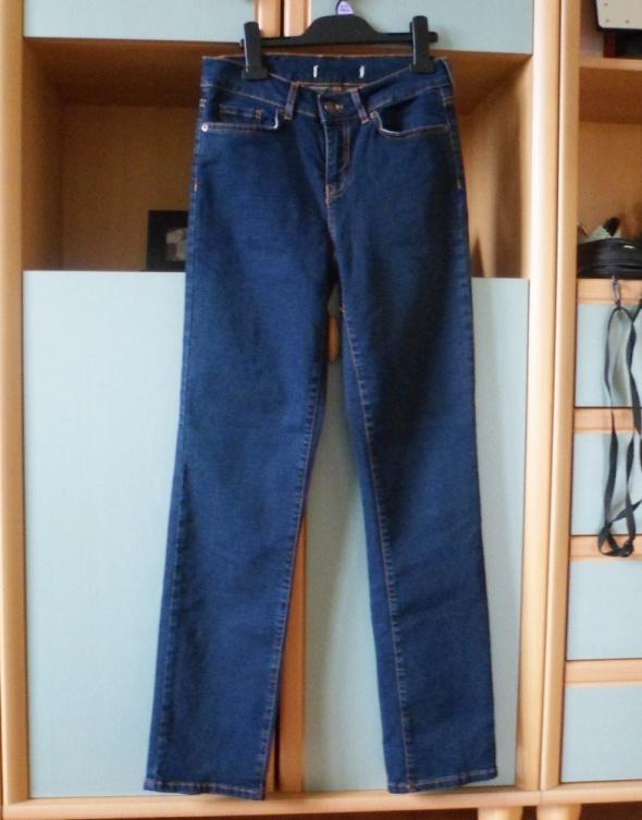 Spodnie Spodnie jeansowe Vero Moda jeansy straight proste nogawki jeans