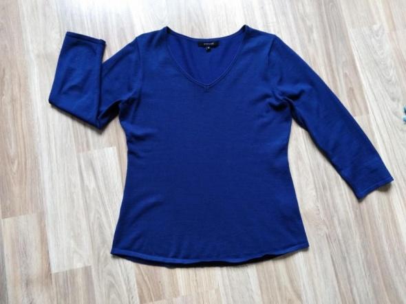 granatowy sweter 38