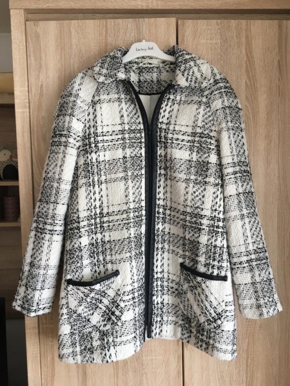 Biały czarny szary płaszcz w kratkę wiosenny skórzane wstawki XL