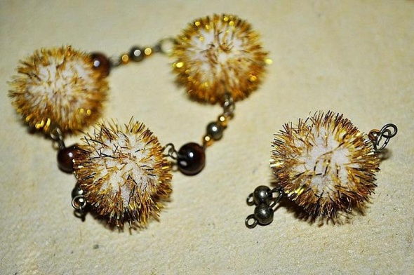 Komplet 3szt Biżuterii Złote Jeżyki Pomponiki
