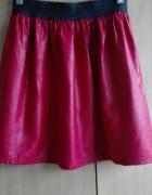 Czerwona spodniczka S...