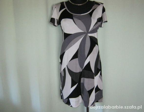 sukienka w szarościach HiM 40