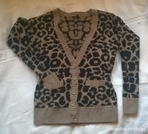 Sweter kardigan z guzikami w cętki