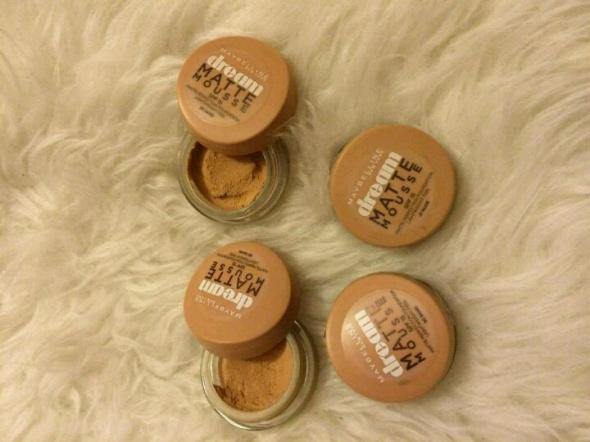Maybelline zestaw kosmetyków do makijażu musy mus podkład puder matujący bardzo dobre krycie