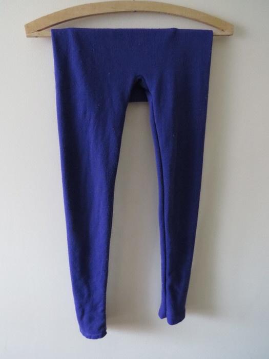 ciepłe fioletowe legginsy getry