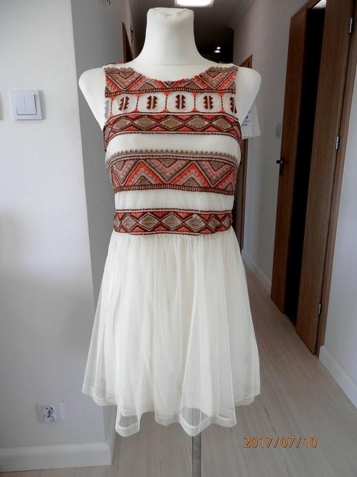 Sukienka Pull Bear Tiulowa Siateczka Haft Boho S...