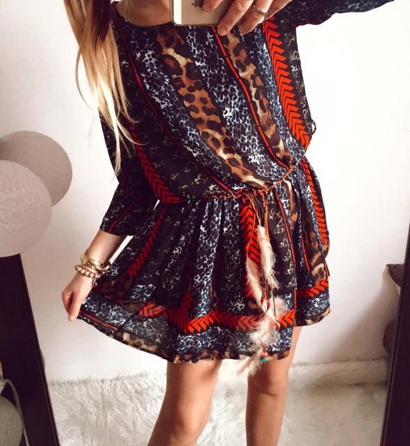 Sukienka Damska aztecka rozkloszowana M