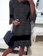 elegancka sukienka w krate kratka...