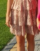 Sukienka Lily McBee rozmiar M...