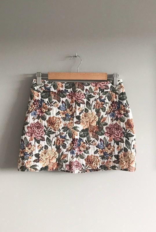 Spódnice Spódnica mini ZARA Basic 38 M kwiaty floral