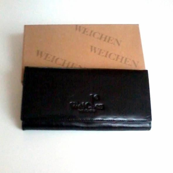Nowy skórzany czarny portfel