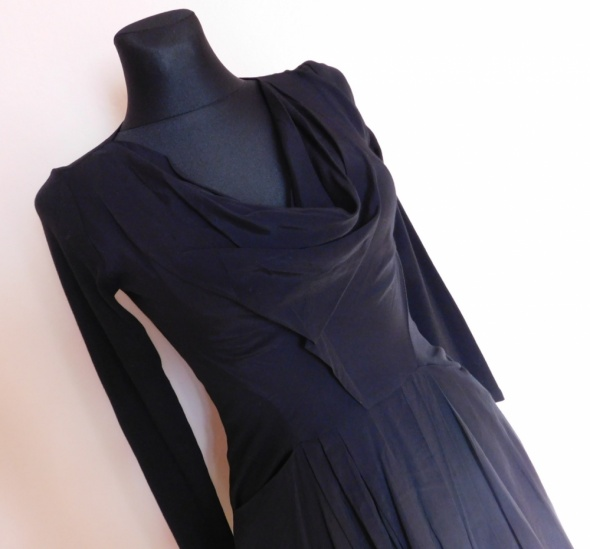Reiss 1971 czarna rozkloszowana sukienka 38...
