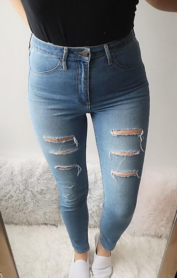 H&M Spodnie jeansy z wysokim stanem 28