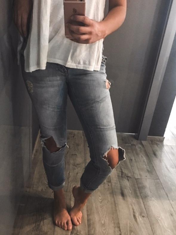 3 RZECZ GRATIS jeansy z dziurami New Yorker 34 XS...