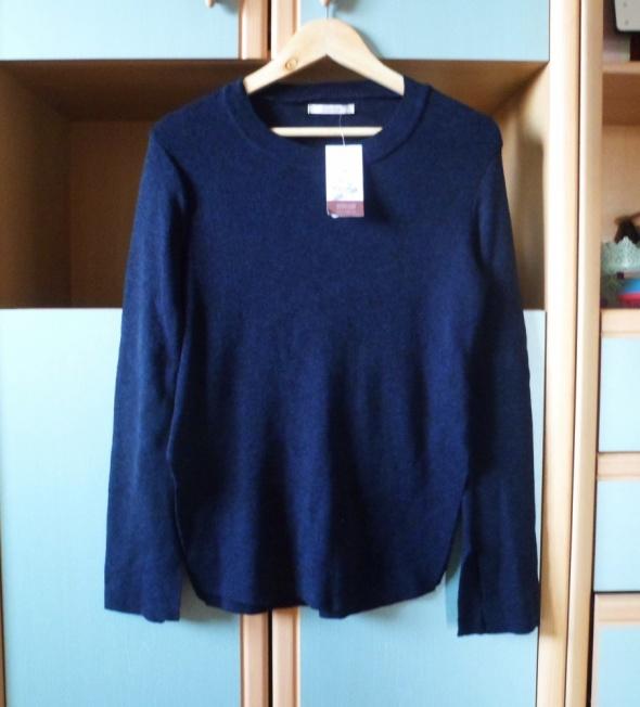 Nowy z metką granatowy sweter Pull&Bear z rozcięciami sweterek