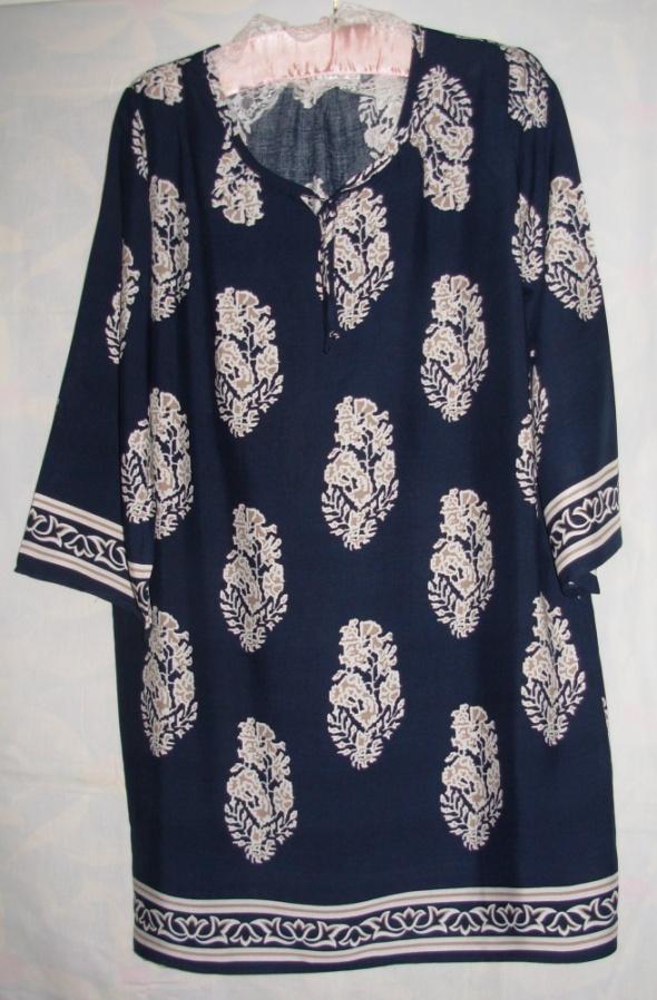 Sukienka z wiskozy 40