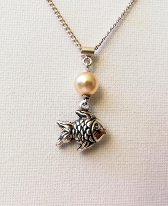 Zawieszka srebro 925 rybka i perła