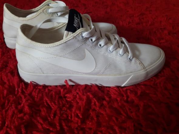 Buty damskie Nike Primo Court 365