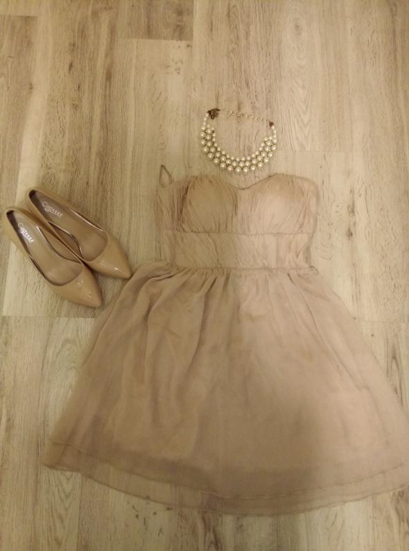 Piękna sukienka S...