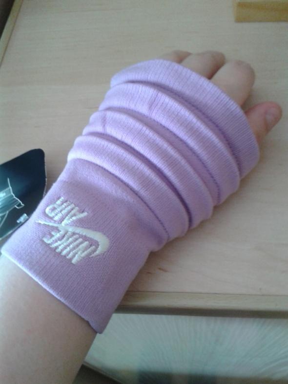 Opaska na rękę nadgarstek Nike lila nowa z metką
