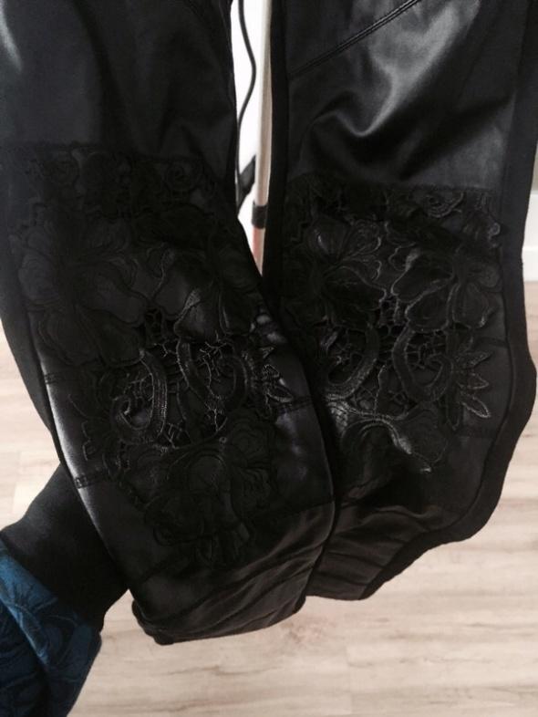 spodnie koronka czarne